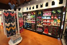 Disney TAG Arrives as the Newest Boutique in Marketplace Co-Op at Disney Springs