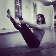 www.ferorpinell.com #pilates #fitness #openlegrocker