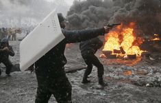 29 Incredible Pictures Of Kiev Transformed Into A Warzone