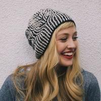 patron tricot bonnet Vintage Prim par Drea Renee Knits à réserver, en livraison courant Avril 2018