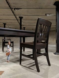 Robert Smithson, Feel Like, Modern Chairs, Lovers Art, Live, How To Look Pretty, Alice In Wonderland, Dining Chairs, Contemporary