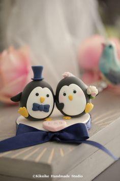 Wedding Cake Topper-love Penguins
