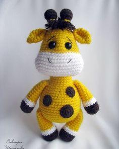 Бесплатный мастер-класс по вязанию жирафика крючком от Виктории Шахматовой. Вязаный желтый жираф с круглыми пятнышками выглядит итак очень мило, однак…