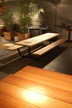 Descarga el catálogo y solicita al fabricante Cassecroute iroko By cassecroute, mesa de picnic de iroko con bancos integrados diseño Wim Segers