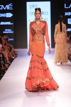 Lakmé Fashion Week – IIKA FOR ANAIIKKA BY KANIKKA SALLUJA AT LFW SR 2015