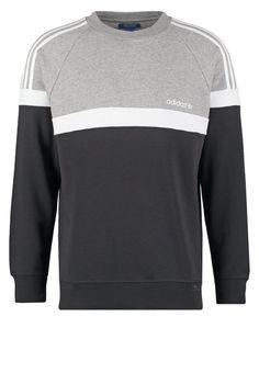 https://www.zalando.no/adidas-originals-itasca-genser-ad122s04b-q11.html