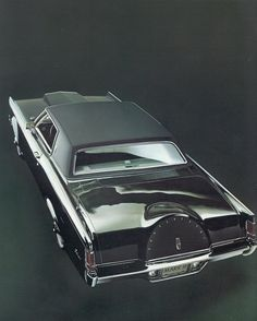 1969 Lincoln Mark III | The most authoritatively styled, decisively individual motor car of ...