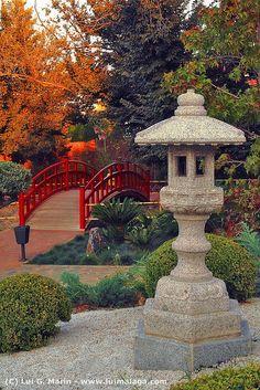 *SPAIN ~ Jardín zen   (Málaga)