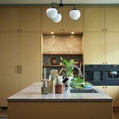 E Design, Interior Design, Kitchen Colors, Kitchen Ideas, Open Shelving, Kitchen Interior, Home Kitchens, Skogar, House