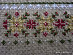 Toile de lin et petites croix Cross Stitch Boarders, Cross Stitch Flowers, Cross Stitch Designs, Cross Stitching, Cross Stitch Embroidery, Cross Stitch Patterns, Hand Embroidery Design Patterns, Ribbon Embroidery Tutorial, Mini Toile