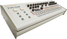 Filtran imágenes de las nuevas TB-303 y TR-909 // Clubbingspain.com