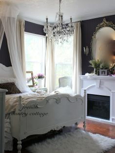 15 Amazing French Bedroom Ideas