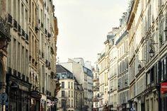 De 30 beste tingene å gjøre i Paris. Her er nøkkelen din til byen. En definitiv guide til de beste lokale stedene, som lokale Airbnb-verter har fortalt om.