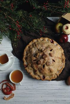 mile-high cinnamon apple cranberry pie
