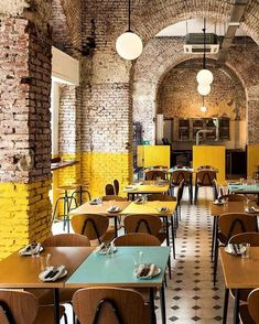 Home Interior De Mexico Today, we take a closer look at this dim sum restaurant in Hong Kong that impresses us with its stunning retro decor. Brick Interior, Yellow Interior, Restaurant Interior Design, Restaurant Interiors, Industrial Restaurant Design, Small Restaurant Design, Industrial Cafe, Interior Shop, Interior Sketch