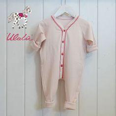 df1a949c4f6ec8 Bio Babystrampler Grösse 56 bis 92 von Ulalü Kinderdinge - Lieblingssachen  für Naturkinder und rund ums Baby auf DaWanda.com