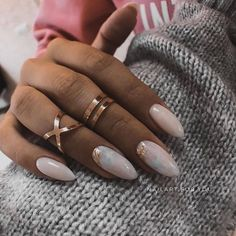 Simple Acrylic Nails, Almond Acrylic Nails, Pink Acrylic Nails, Romantic Nails, Vintage Nails, Exotic Nails, Fire Nails, Oval Nails, Minimalist Nails