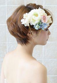 ショートの花嫁ヘアカタログ~先輩花嫁のヘアスタイル実例集~|ゼクシィnet Wedding Hair And Makeup, Bridal Hair, Hair Makeup, Short Hair Cuts, Short Hair Styles, Headdress, Wedding Hairstyles, Hair Beauty, Bride