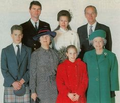 December 1992 Princess Anne and Timothy Laurence were married.The Duke of Edinburgh on back row, and front are Peter Phillips, Barbara Laurence (Tim's mother), Zara Phillips and H. Princess Elizabeth, Princess Margaret, Royal Princess, Queen Elizabeth Ii, Prinz Charles, Prinz William, Royal Brides, Royal Weddings, Windsor