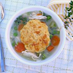 Simply Healthy Family: Mom's Chicken Pot Pie with Cheddar Biscuits #SundaySupper