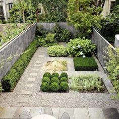 aménagement-arrière-cour-plantes-formes-géométriques