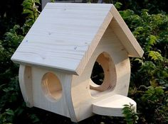 Nistkästen & Vogelhäuser - bird house, lining house paint special price - a unique product by on DaWanda Wood Bird Feeder, Best Bird Feeders, Bird House Feeder, Garden Projects, Wood Projects, Cardinal Bird House, Bird Tables, House In Nature, Bird House Kits