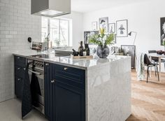 This Stunning Small Swedish Kitchen Can Totally Hang With the Big Kids