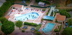 Les 3 piscines chauffées du camping le Ragis à Challans. Depuis 2014, il y a également une piscine couverte.