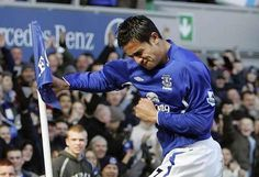 Tim Cahill goal celebration on Everton FC