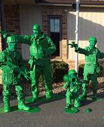 Fun family Halloween costume ideas - Toy Soldiers Family Homemade Costume