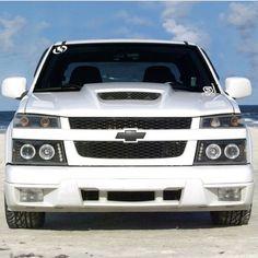 Love the hood Small Trucks, Mini Trucks, Chevy S10, Chevy Trucks, Chevrolet Colorado 2005, Truck Accessories, Dream Garage, Sexy Cars, Vroom Vroom