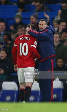 Ryan Giggs and Wayne Rooney of Manchester United during the Barclays Premier League match between Chelsea and Manchester United at Stamford Bridge on February 7, 2016 in London, England.