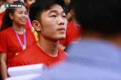 """HLV Miura cùng dàn sao U23 Việt Nam làm """"nóng"""" V-League 2018"""