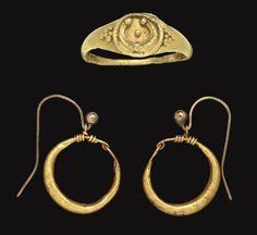 Gold Jewelry Store Near Me Renaissance Jewelry, Medieval Jewelry, Ancient Jewelry, Antique Jewelry, Gold Jewelry, Jewelery, Metal Jewellery, Roman Jewelry, Jewelry Stores Near Me