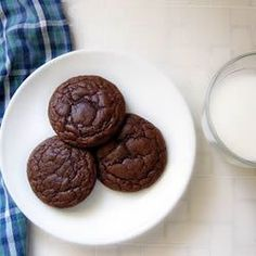 "Chewy Chocolate Cookies II | ""Delicious cookies that taste like brownies."""