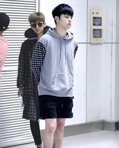 He LOOKS FLUFFY WEARING THIS HOODIE - - #junhoe#ikon#june Cr: Hi,MrKoo Koo Jun Hoe, Btob, Hoodies, Sweatshirts, Bigbang, June, Korean, Hipster, Sweaters