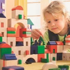 Le petit Amsterdam  - marque : HABA Le petit Amsterdam est un jeu de construction, d?édification de 166 pièces. Ce superbe jeu en bois permettra à l?enfant de recréer une ville avec ses maisons, ses arbres et ses... prix : 65,90 €  chez Jeprogresse.com #HABA #Jeprogresse.com