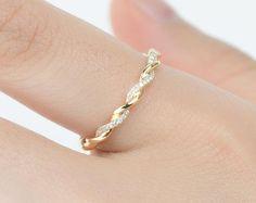 Etsy :: L'endroit où acheter et vendre tout le fait main 14k Gold Ring, Gold Diamond Rings, Diamond Wedding Rings, Gold Rings, Black Onyx Ring, Black Rings, Aquamarine Rings, Gemstone Rings, Minerals And Gemstones