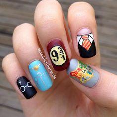Best-in-Harry-Potter-Fan-art-nails: Enchant your manicure ? - desing Finest-In-Harry-Potter-Fan-Artwork-Nails: Enchant Your Manicure, ? Cute Nail Art, Cute Acrylic Nails, Cute Nails, Pretty Nails, Harry Potter Nails Designs, Harry Potter Nail Art, Nagellack Design, Nagellack Trends, Maquillage Harry Potter