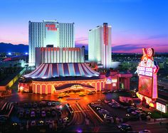 Circus Circus Hotel and Adventure Dome Theme Park bring the fun of the world's largest permanent circus and only Theme Park in Las Vegas.Come join in on the fun with OneTravel.com booking & earn rebate up to $12.50 from RebateBlast.