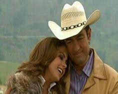 Lucero. ( Valantina y Jose ) Soy tu dueña