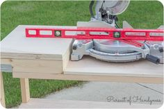 How to build a mobile miter saw stand using the Simpson Strong-Tie Workbench Hardware Kit and 2x4 construction lumber.