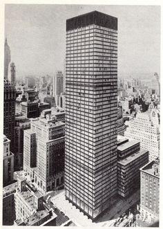 Union Carbide Building, 1961 New York.