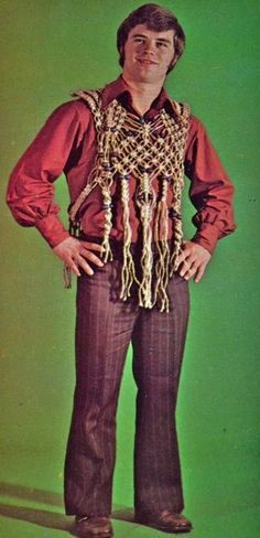 Burt's macrame man-bra was way ahead of its time. Bad Fashion, Fashion Show, Mens Fashion, Fashion Trends, Vintage Outfits, Vintage Fashion, We Wear, How To Wear, Fashion Project