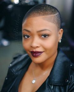 Short Natural Hairstyles 206110120434202502 - 30 coiffures sur cheveux afro courts – NYBeauty & Care Source by ellyange Natural Hair Short Cuts, Short Natural Haircuts, Tapered Natural Hair, Short Hairstyles For Women, Short Hair Cuts, Natural Hair Styles, Black Hairstyles, Wedding Hairstyles, Medium Hairstyles