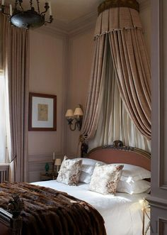 London guest bedroom of designer Paul Moschino ~ Antique Bedroom Furniture / Beds - Soothing Color Palette Antique Bedroom Furniture, Bed Furniture, Furniture Dolly, Home Bedroom, Master Bedroom, Bedroom Decor, Gray Bedroom, Teen Bedroom, Mocha Bedroom
