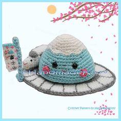 Mount Fuji and Shinkansen Amigurumi Crochet Pattern by HandmadeKitty (loving all the cute) I soooooo need this pattern!!! Too cute!