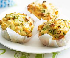 These tasty savoury muffins make a brilliant after school snack, or light lunchbox filler. The combination of fresh zucchini, sweet corn and salty cheddar works perfectly together to create these moorish treats. Zucchini Muffins, Savory Muffins, Corn Muffins, Savory Snacks, Yummy Snacks, Healthy Snacks, Savoury Biscuits, Savoury Muffins Vegetarian, Zucchini Slice