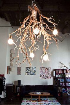 Tree branch chandelier ideas and crafts home decor wood lamps wooden lamp light fixture single Wooden Lamp, Wooden Diy, Wooden Crafts, Luminaire Design, Lamp Design, Design Design, Rustic Design, Rustic Style, Diy Luminaire