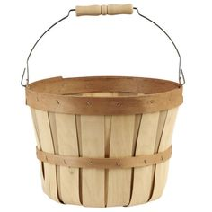 <div>This bushel basket with a metal swing handle is a must-have accent for your home décor proj...